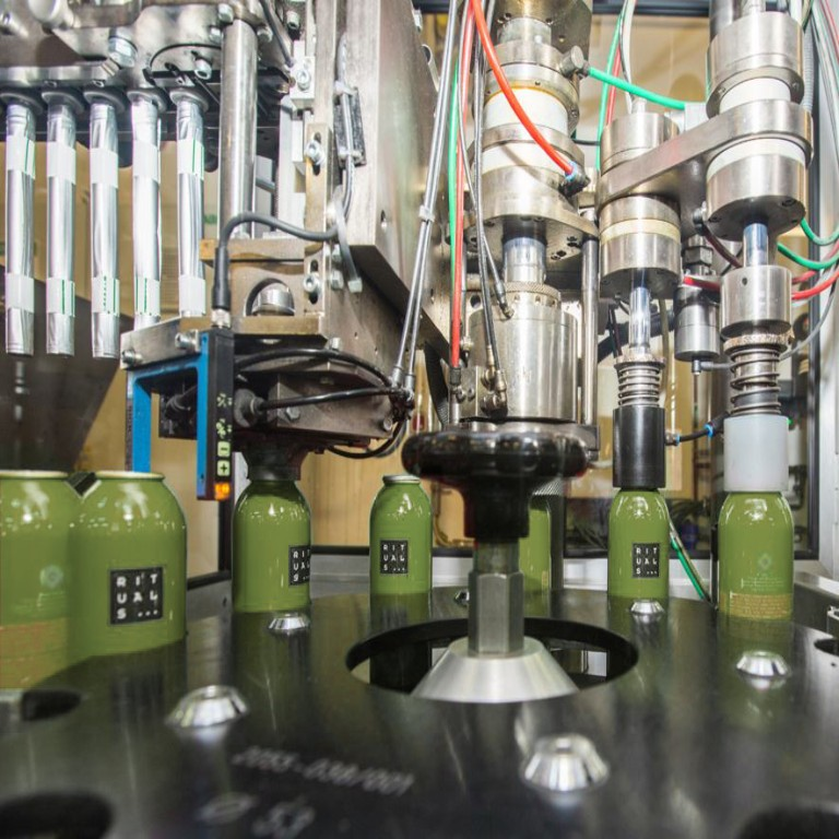 Bottling line for aerosols with green cans